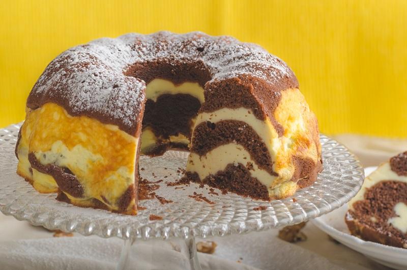 5 рецептов сырников по-львовски, или Как приготовить легендарный десерт. В отличие от других изделий из творога, настоявшись, становятся еще сочнее.